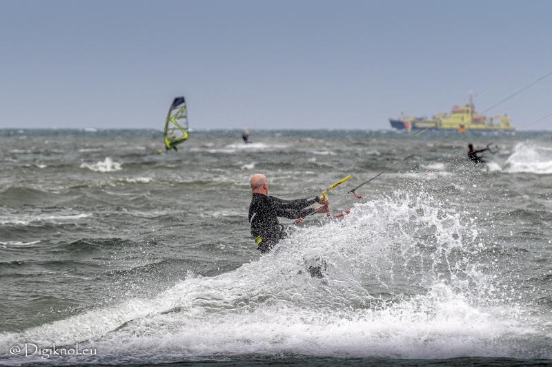 200522-Surf-Scheveningen-0111