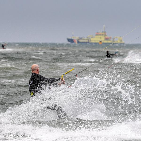 200522-Surf-Scheveningen-0112