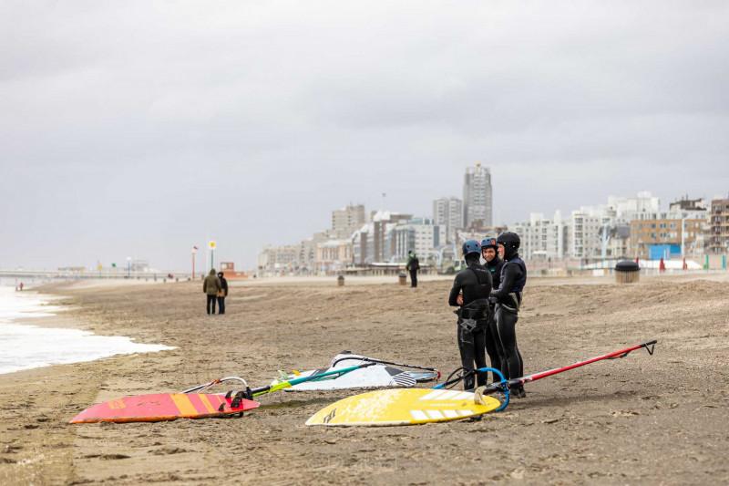 210504-Surfing-Scheveningen-0882