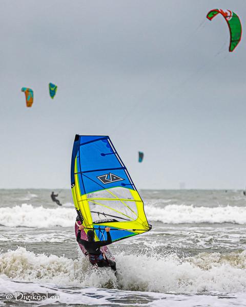 201121-Schevenigen-Surfing-0285
