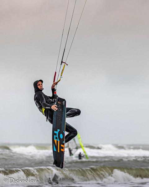 201121-Schevenigen-Surfing-0824