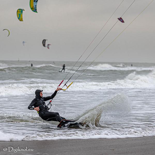 201121-Schevenigen-Surfing-0908
