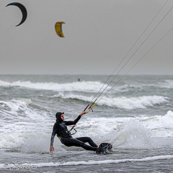 201121-Schevenigen-Surfing-0926