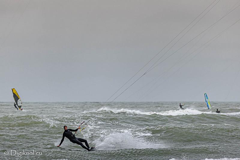 201121-Schevenigen-Surfing-1039