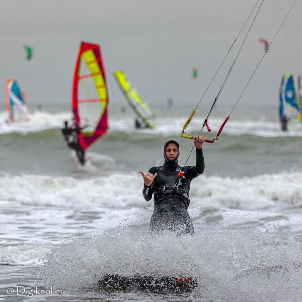 201121-Schevenigen-Surfing-1233