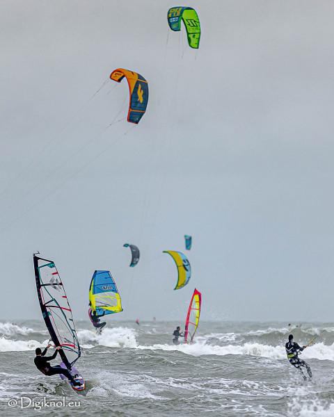201121-Schevenigen-Surfing-1295