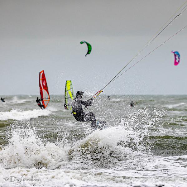 201121-Schevenigen-Surfing-1588