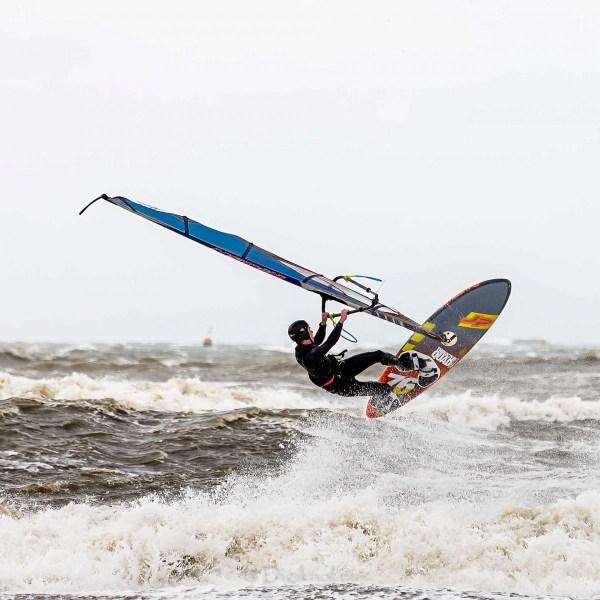210504-Surfing-Scheveningen-0053-bewerkt