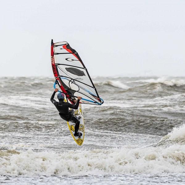 210504-Surfing-Scheveningen-0426