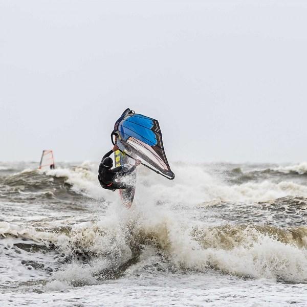 210504-Surfing-Scheveningen-0819
