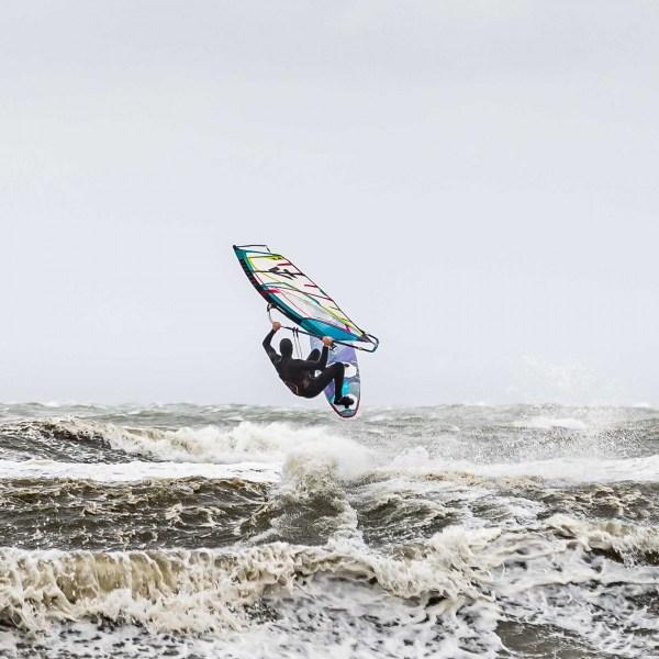 210504-Surfing-Scheveningen-0887