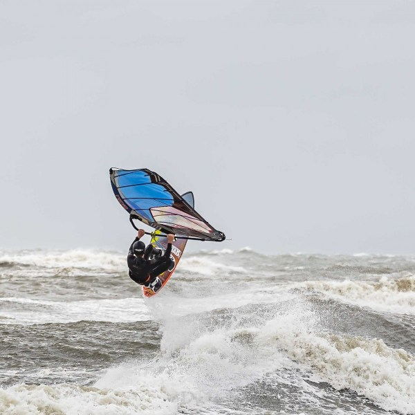 210504-Surfing-Scheveningen-1303-bewerkt